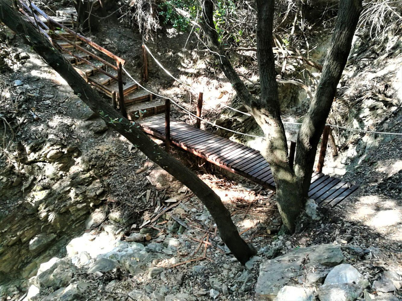 il sentiero degli innamorati ad ascea marina particolare percorso trekking ponte il cilentano cilento