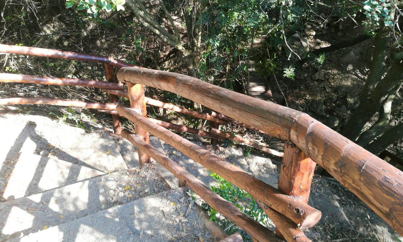 percorso trekking il sentiero degli innamorati ad Ascea marina vista strapiombo il cilentano cilento