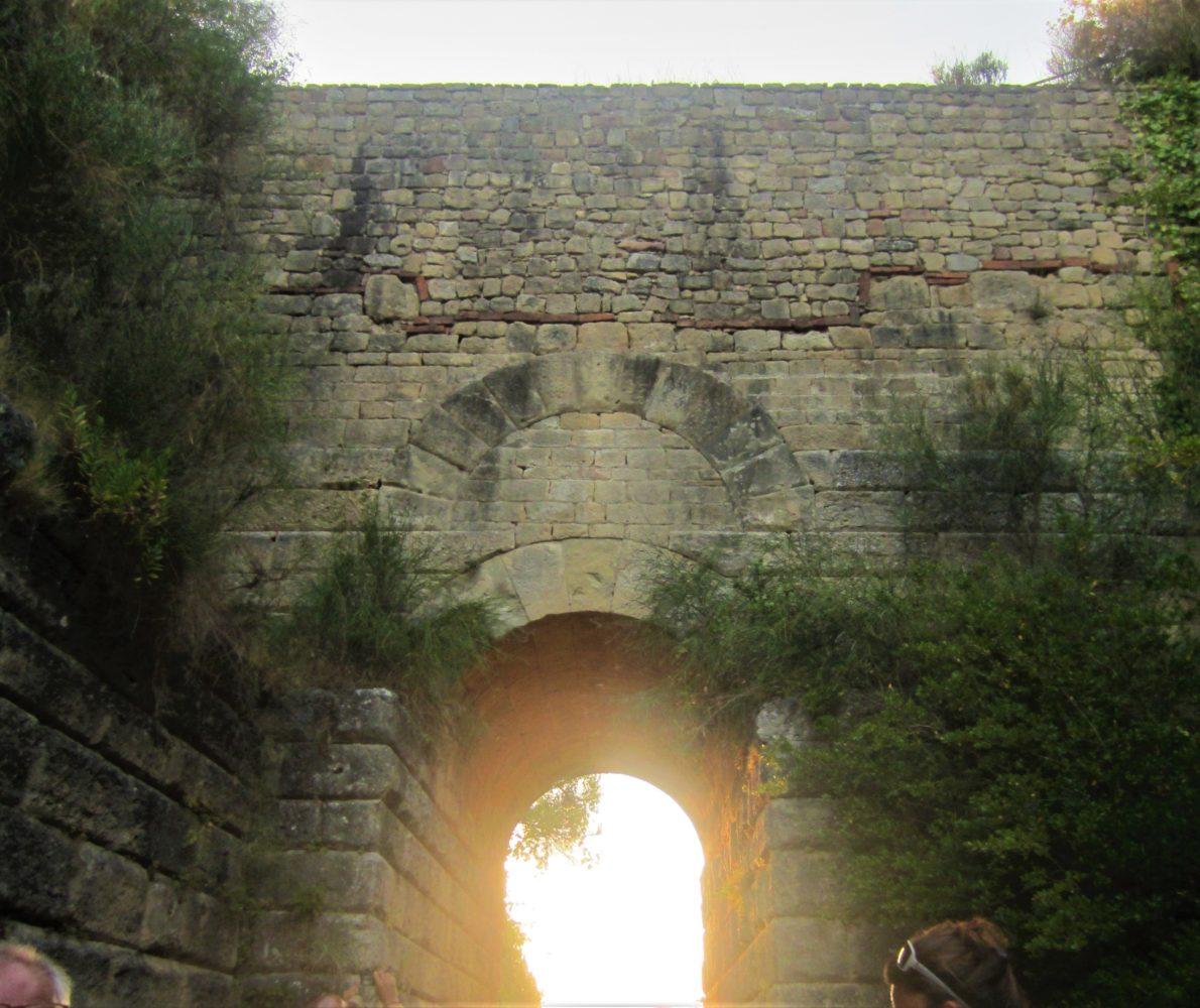 porta rosa parco archeologico di velia ascea cilento il cilentano elea