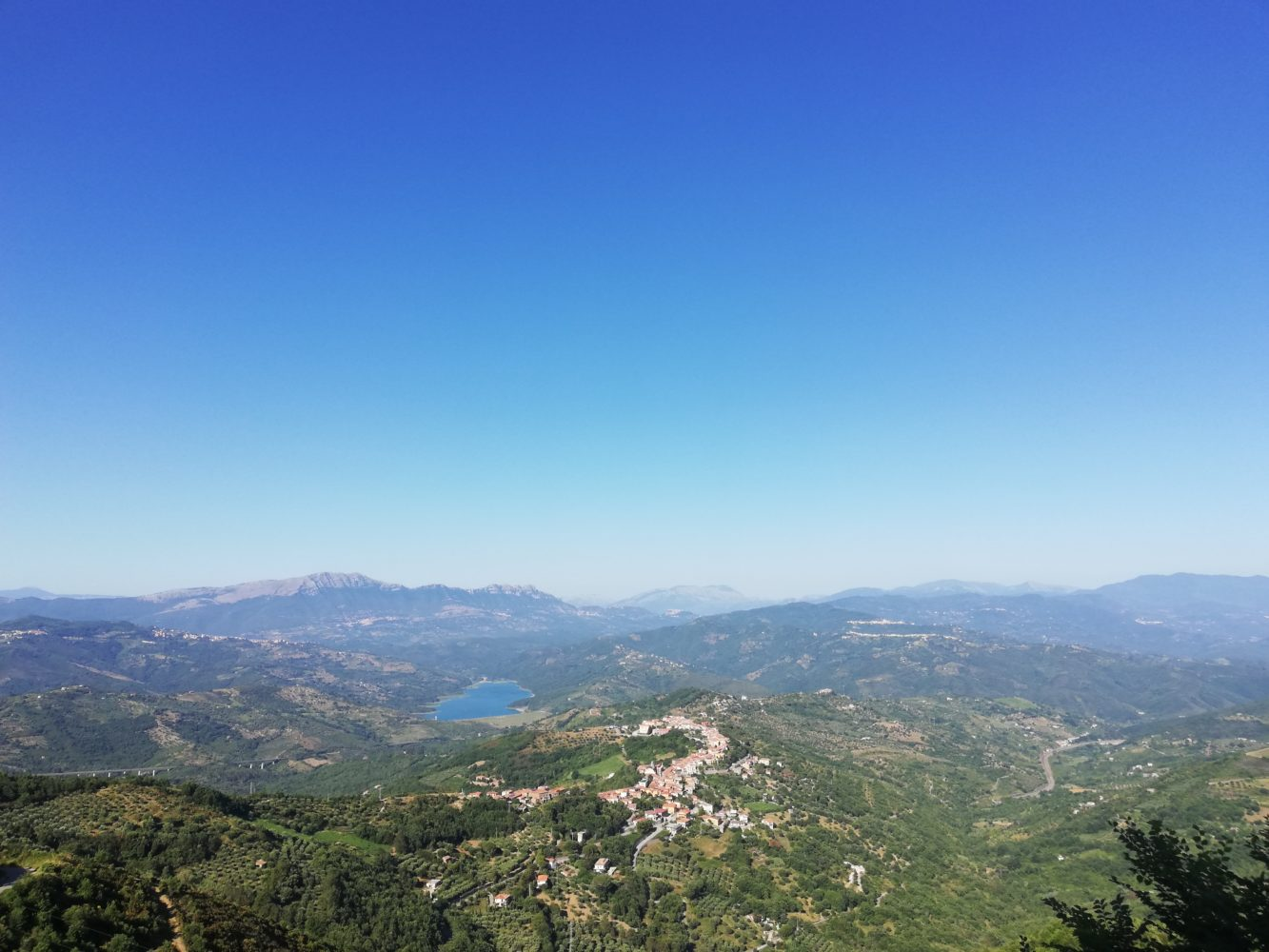 il-castello-di-rocca-cilento-panorama-dal-castello-il-cilentano.jpg