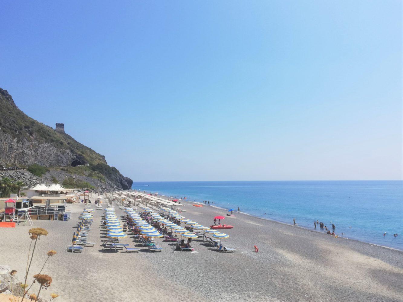 spiaggia del troncone di Camerota cala finocchiaro naturisti nudisti il cilentano cilento 4.jpg