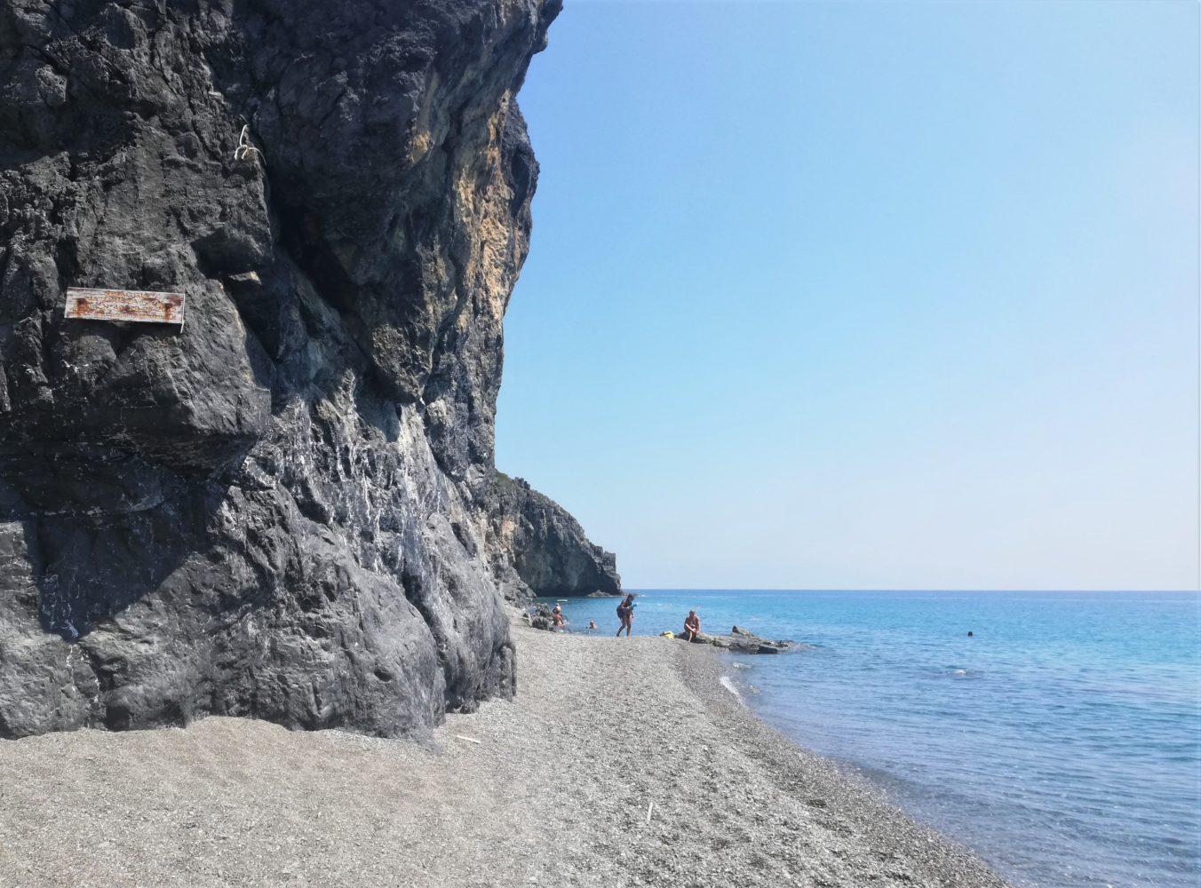 spiaggia del troncone di Camerota naturisti nudisti il cilentano cilento.jpg