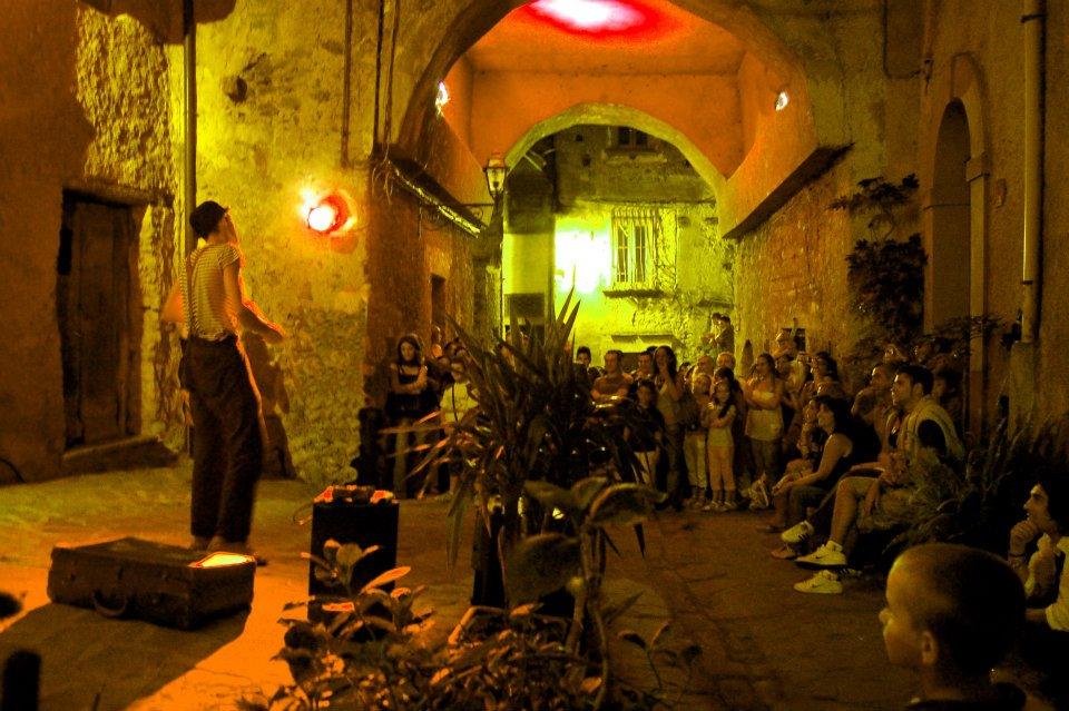 Mojoca festival degli artisti di strada di Moio della Civitella Vallo della Lucania Cilento il Cilentano (9)