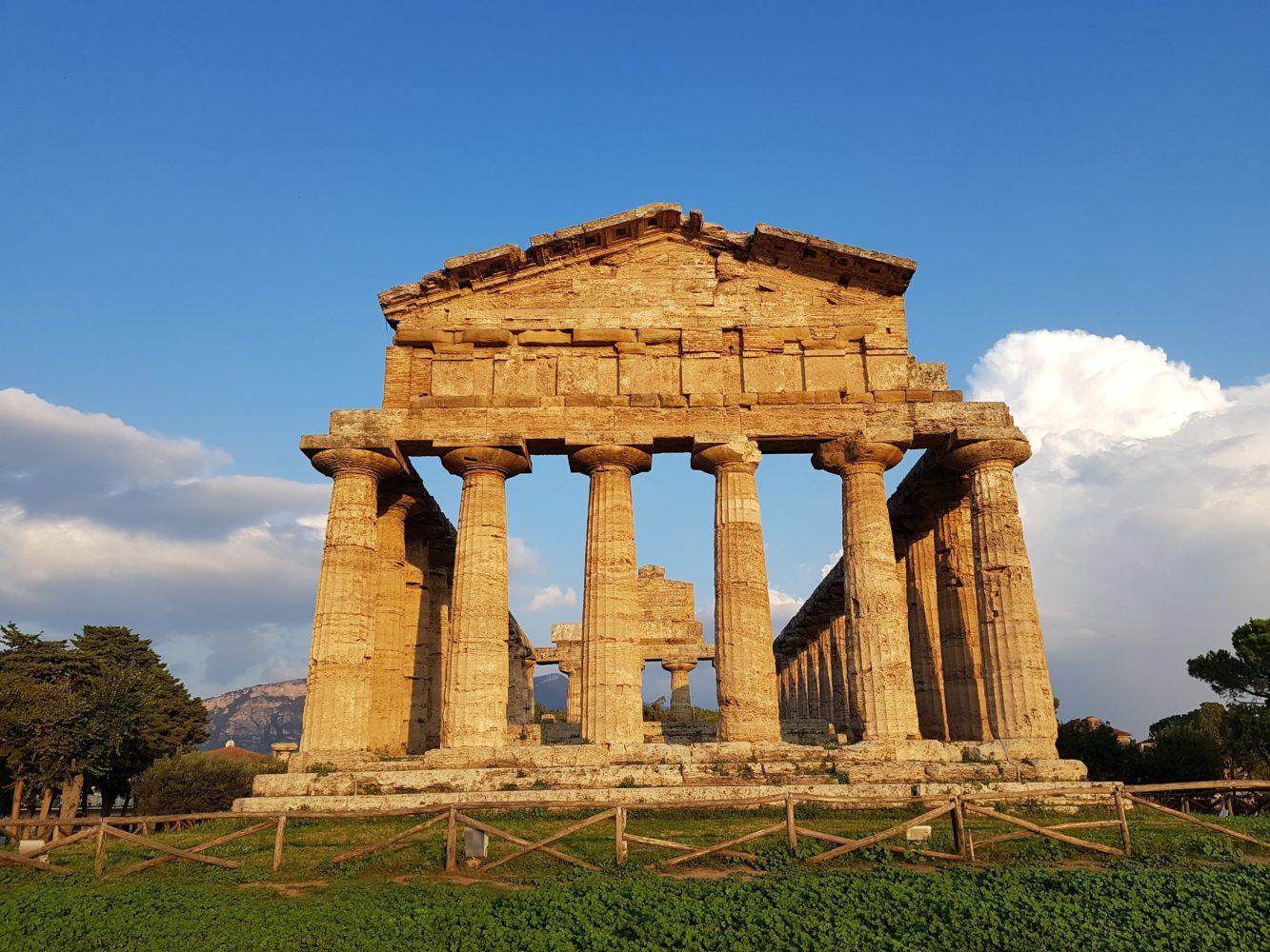 Siti archeologici del Cilento Tempio di Atena Scavi di Paestum, parco archeologico di paestum experience (1)