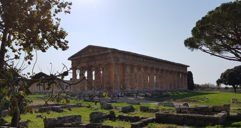 Tempio di Era Basilica Scavi di Paestum, parco archeologico di paestum experience (5)
