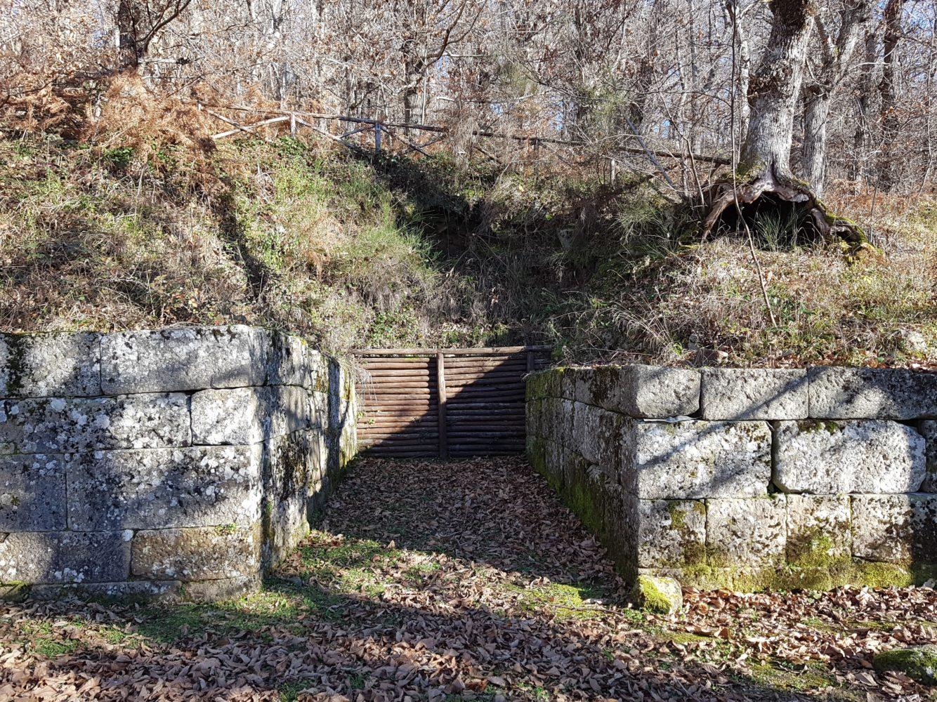 parco archeologico della civitella scavi porta nord