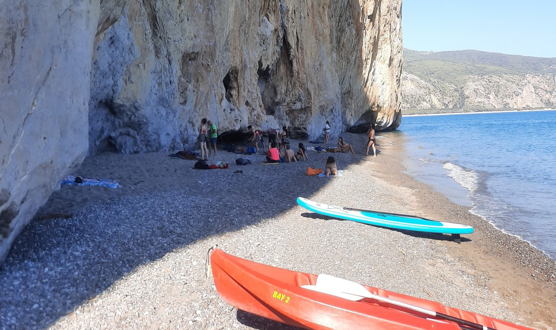 spiaggia della molpa palinuro tra falesie klimbing e mare (1)