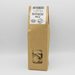 Biscotti-nocciole-e-miele-noci-biscottificio-resilienza-cilento