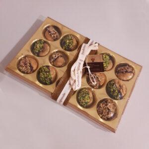 Fichi-ricoperti-con-pistacchi-cioccolata-e-nocciole