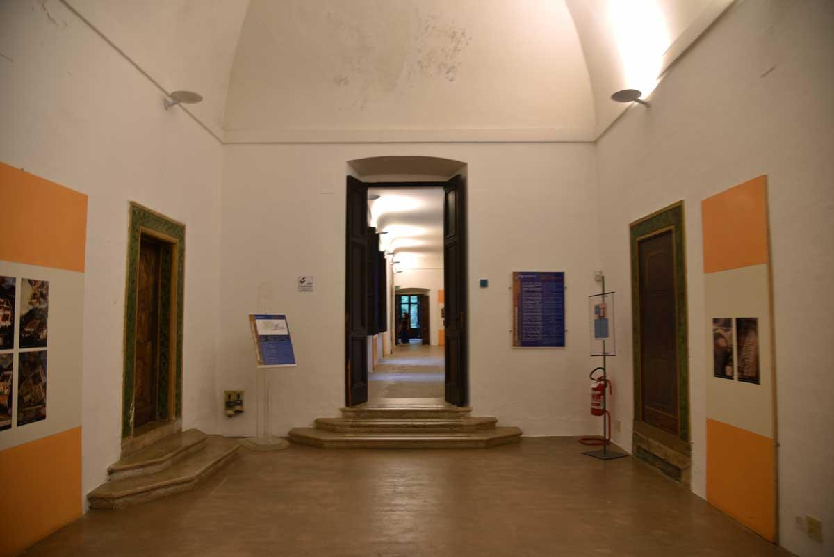 Sala-certosa-di-San-Lorenzo-Padula