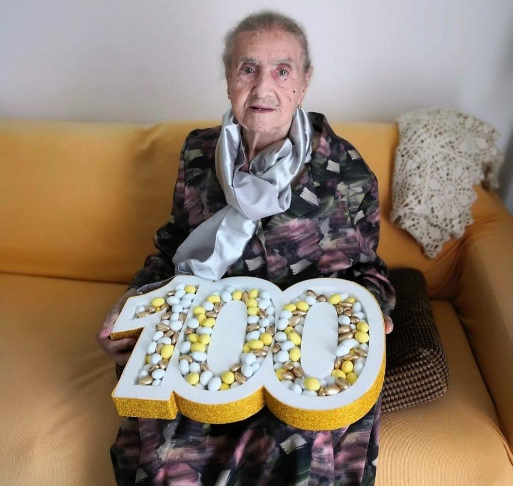 centenari cilentani nonna Antonia di Ascea compie 100 anni centenaria cilentana cilento